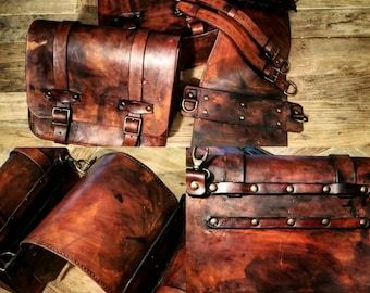 Cafe racer motorcycle saddlebags scrambler custom special. Aged leather/Burl Walnut 4 mm iteramente made by hand. Model Kiko