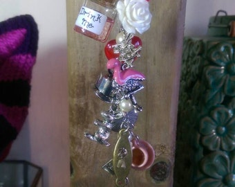 Alice in Wonderland Car Charm; Queen of Hearts Crown with Pearl Beads