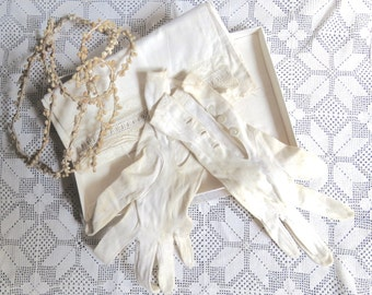 Vintage French bridal set in its original box Including Tiara/Gloves/Letter/Hankychief/