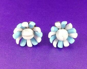 Vintage Flower Earrings, Screw Back Earrings, Blue & White Earrings, Vintage Gift