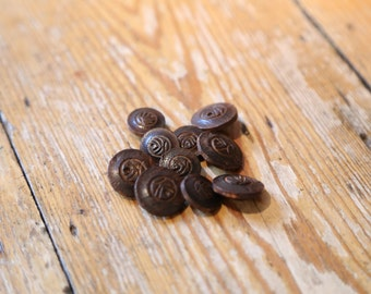 BUTTONS IN53 Mixed Size Bundle Wood -India