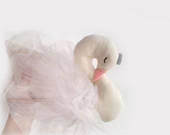 Swan Etsy