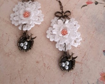 Cherish - Romantic Shabby Crochet Sparrow Nest Earring