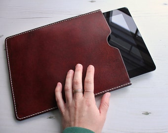 Leather iPad and Tablet Case in Distressed Antique Brown