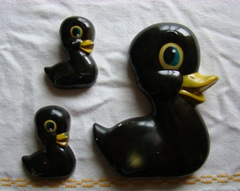 Chalkware Duck Family Set of 3 Vintage Mother and Baby Ducks Wall hanging