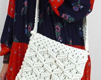 Cute Vintage 70's Handmade Cream Macrame Shoulder Bag