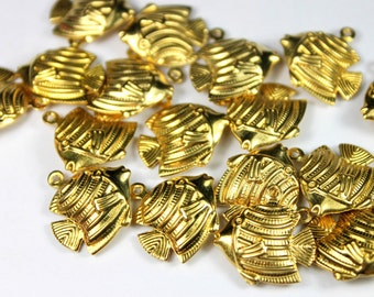 10pcs Raw Brass Fish Charms 17mm, Brass Fish Pendant