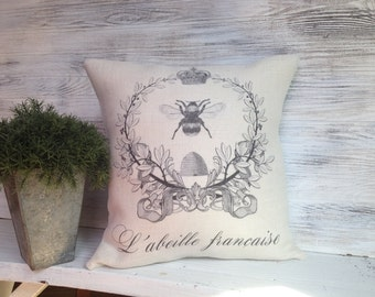 FRENCH BEE PILLOW, French Country,Insert Included