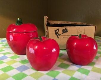 Made in Japan Apples Salt?Pepper/sugar bowl
