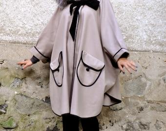 Light beige pouder cape/100% Wool cashmere cape coat/hooded cape/Fur fox hooded coat/Woman wool coat/Hooded coat/cap with pockets/C0219