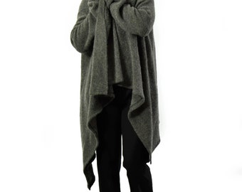Winter Poncho/Italian Blended Wool/Woman Wool Cape/ Gray Jacket/ Italian wool poncho/Stylish Poncho Blended Wool/Soft wool poncho/A1260