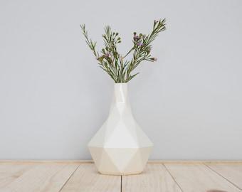 Geometric ceramic Bud vase in White