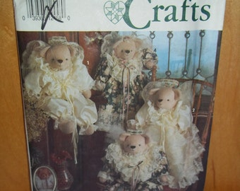 Vintage Simplicity Craft Pattern 7815, Stuffed Bears and Clothing by Faith Van Zanten, Uncut