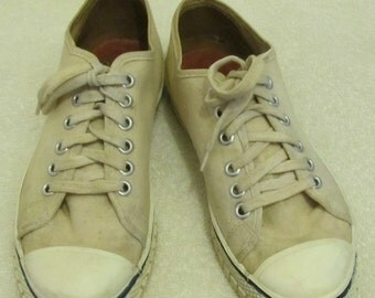 Marked Down 30%@@Grunged Beige Vintage 60's,Made In the USA Low Top Canvas,SKATERBOY Sneakers.4-Men/6-Wom