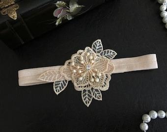 wedding garter, champagne bridal garter, champagne lace, rhinestone, gold, silver