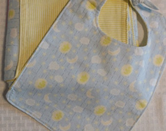 Flannel Blanket/Bib Baby Gift Sets (double-sided). Light blue with clouds and moons