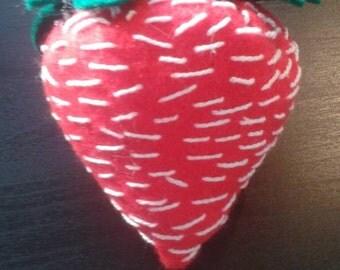 Strawberry felt pin cushion (large)