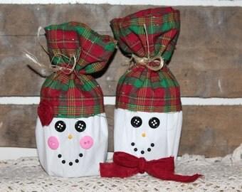 Melting Hearts Snowman Couple