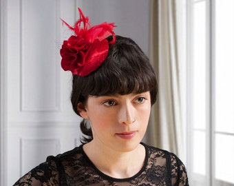 Fascinator red