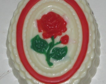 Oval Rose Box - small