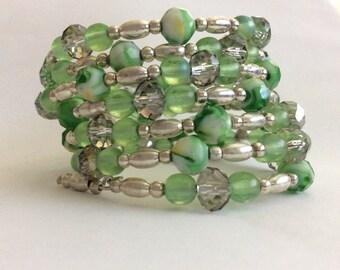 Green Silver Bracelet, Marbled Green Silver Bracelet, Crystal Wire Wrap Bracelet, Gifts for her, memory wire bracelet, coil wrap bracelet,