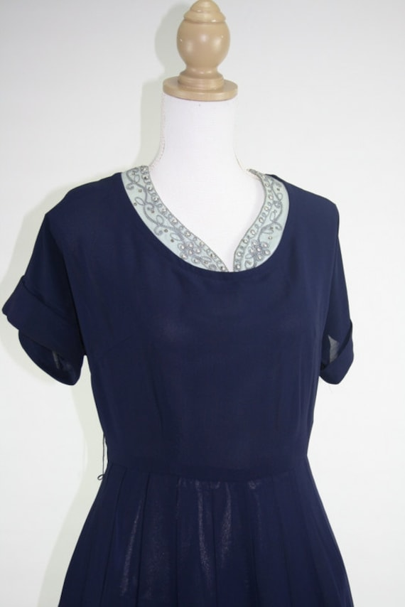 1950s L/XL Puritan FOREVER Young navy beaded neckline dress 42+/35/F