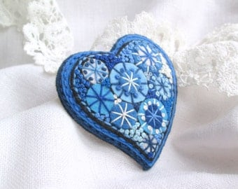 Heart Valentine. Felt brooch.Blue Heart.Valentine's Gift.Hand Embroidery Brooch.French knot.Textile Brooch.Folk Art.Gift forHer. Brooch.