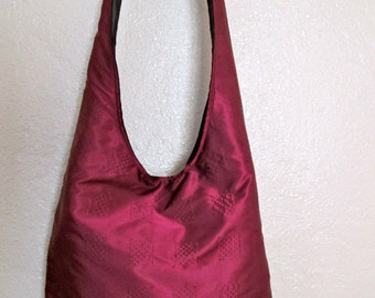 Cross-Body Hobo Bags