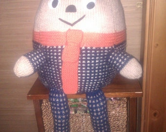 Hand Knit Humpty Dumpty