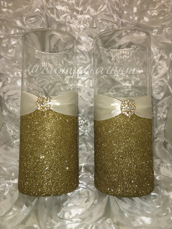 Wedding centerpieces glitter vases gold