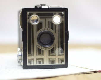 Six-20 Brownie Junior Camera from 1930s
