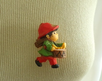 70s little drummer boy pin, 1970s holiday hallmark pin, christmas pin, vintage pin, vintage brooch, costume jewelry, jewellery