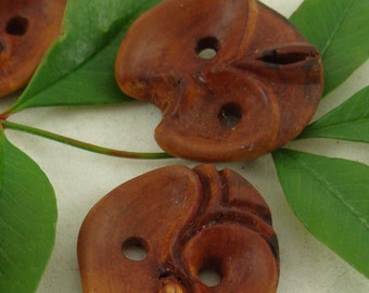 Wooden Buttons from Erica arborea