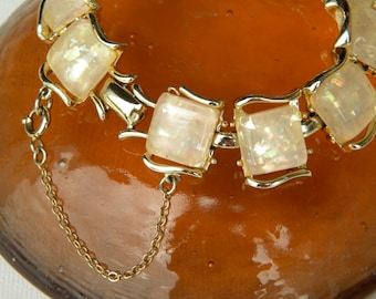Vintage Coro Champagne Confetti Bracelet with safety chain