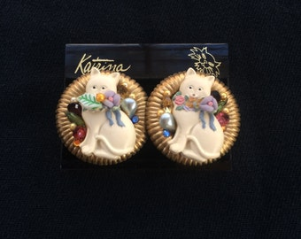 Round Cat Earrings - White Cats with Flower Scarves  -Gold Color Outer Ring - Colorful Cosmetic Gem Stones - Vintage 1980 - Clip on Earrings