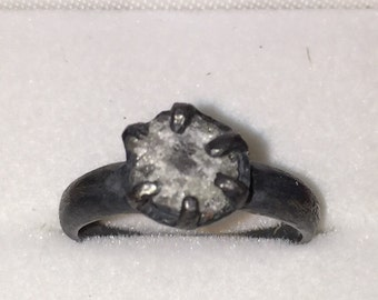 Unconquerable Ring
