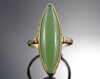 14K Vintage 8 CT Cabochon Jade Bezel set Ring - Size 6 / Yellow Gold - EL4703