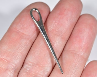 8 Sewing needle charms   silver sewing charms   silver seamstress charms   sewing darning needle charms   seamstress jewelry   SC1316