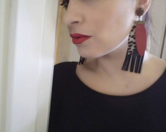 Handmade leather earrings with red and black leaves