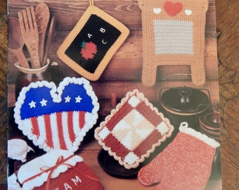 Vintage Annie's Crochet Potholders Pattern Booklet From 1992