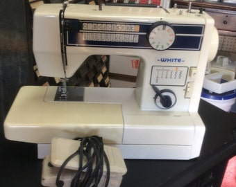 WHITE heavy duty free arm used sewing machine model 999F