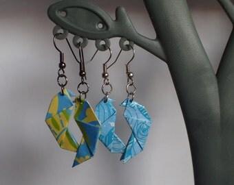 Origami Parrot, loops paper, loops birds, animal buckles, buckles light, blue rings, black curls earrings