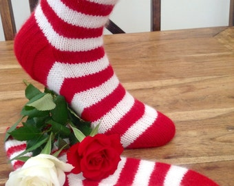 Cashmere socks by Willow Luxury ( to fit ladies shoe size UK 4-6, US 6-8, European 37-39)