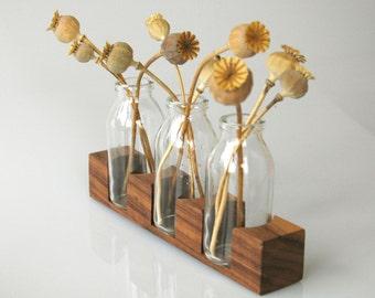 Vase pour la célébration du mariage, la décoration de table romantique, le vase en noyer