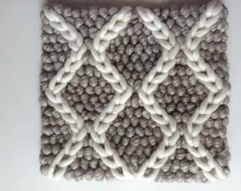 AURA wool rug