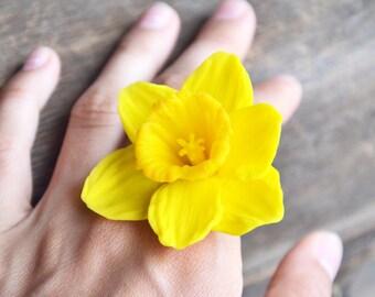 yellow flower,yellow flower ring, yellow ring, yellow jewelry, narcissus flower, narcissus ring, narcissus jewelry, yellow narcissus ring
