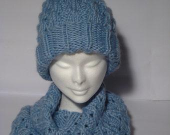 Berretto e scaldacollo in misto lana/acrylic / mixed wool/acrylic cap and neck warmer / hat and warmer mixed wool/acrylic