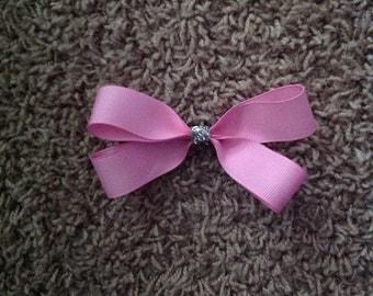 Medium size pink hairbow