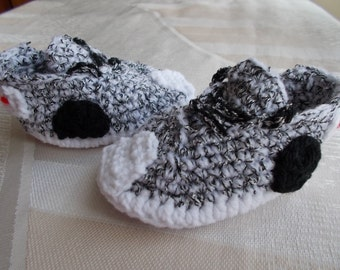 Crochet Baby Shoes, The Yeezy Boost 350, Sneakers Baby Converse Crochet, crochet baby boots, Yeezy 350 Boost, Crochet Baby Booties