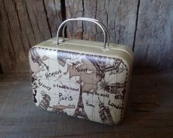 Metallic beige suitcase for Blythe & Dolls